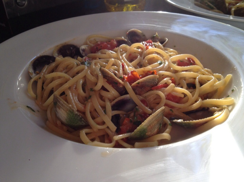 RECIPE: Linguine with clams and cherry tomatoes