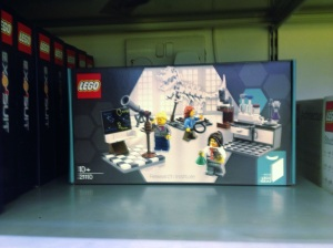 Lego Female Scientists set, Lego Female Scientists kit, Lego Female Scientists sold out, female scientist lego