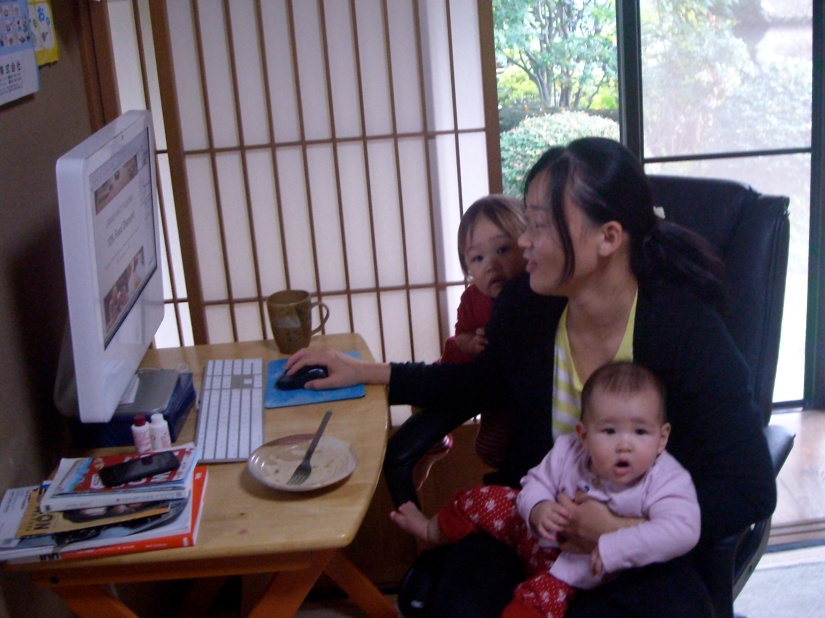 Working mom, Working mum, working moms, working mothers, work life balance