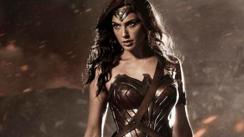 Wonder Woman's Movie Outfit – Latest Images